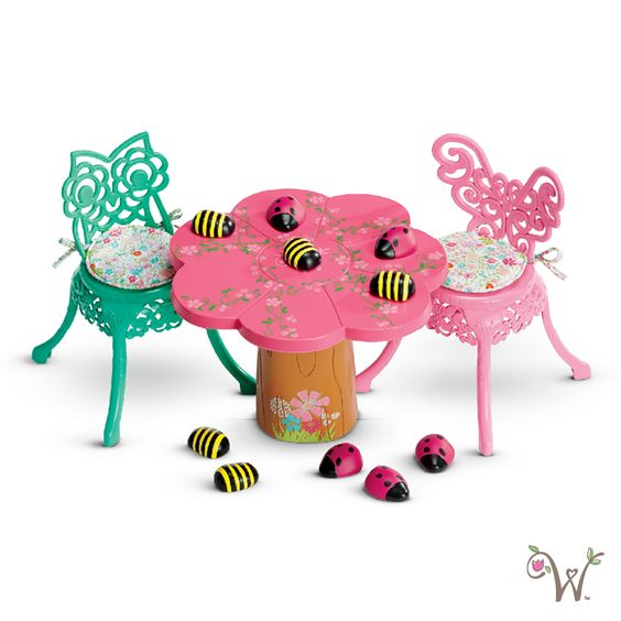 Garden Party Table & Chairs: