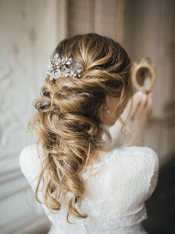 romantic wedding hair - photo by Vivid Symphony http://ruffledblog.com/wedding-inspiration-in-a-russian-mansion