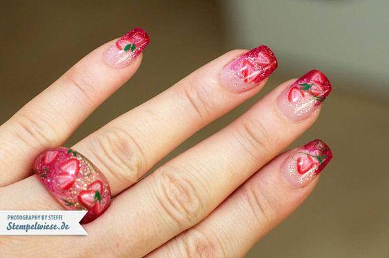 Nail Art - Strawberry • Stempelwiese