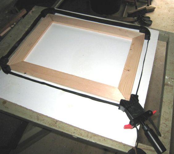 Fabriquez un cadre en bois plat tout simple des id es for Miroirs en bois flotte comment le fabriquer