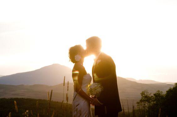 sunset mountain kiss