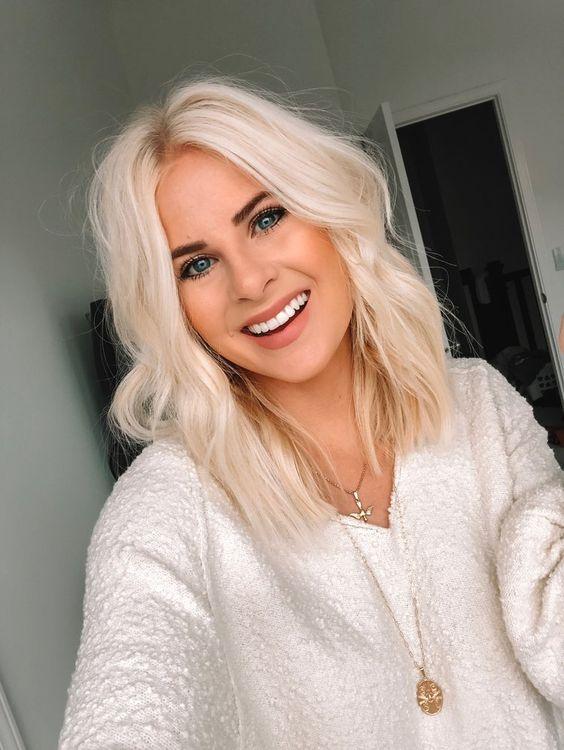 #blonde #platinum #hair #shorthair #wavyhair #beauty