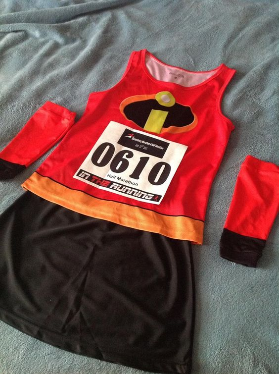 I LOVE IT!! Run don't walk on over to Run Gazella for all of your race day costumes!  http://rungazella.co.uk/running-costumes/mrs-incredible-running-costume