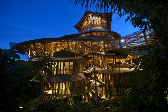Bamboo Treehouse In Bali Is Pretty Much A Mansion In The Sky (Rio Helmi,Green Village):