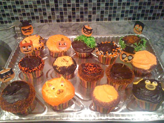 halloween cupcakes orange