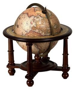 globe terrestre de navigateur old globes astrolabes and other ancient artefacts pinterest. Black Bedroom Furniture Sets. Home Design Ideas