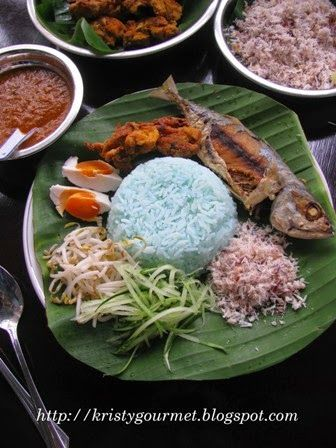 Nasi Kerabu Terengganu Nasi Kerabu Malaysian Cuisine Malay Food