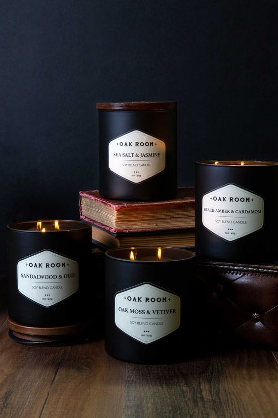 In a world full of trends, there's something to be said about the scent of a classic gentleman. Introducing Oak Room, containing 4 NEW manly scented candles.