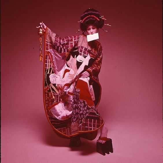 「Enjoy #newyear holiday! Beautiful #kimono dress is formal wear for new year in #japan  皆様素敵なお正月休みを!! #fashion#flashback1970#kansaiyamamoto#山本寛斎#love…」
