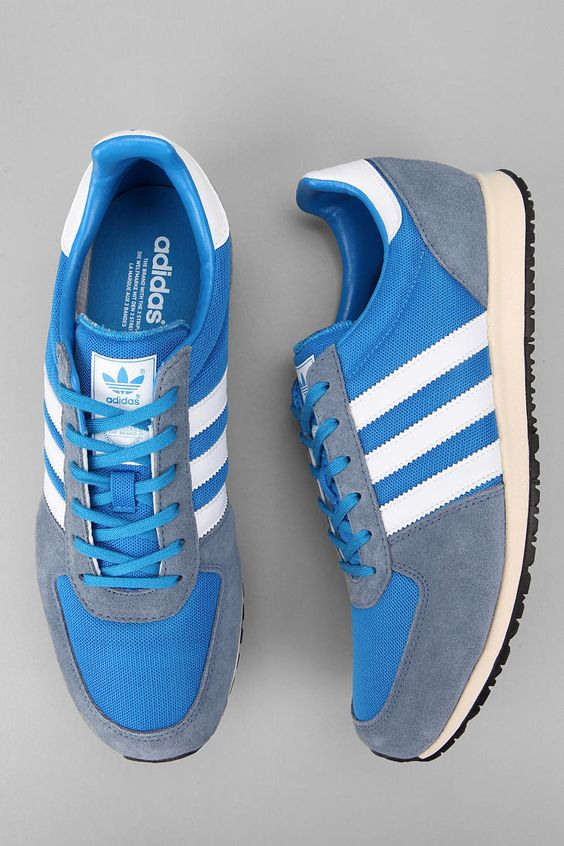 This looks like the Dave Beckham Edition Adi's.... either way they're dope.