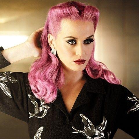 Katy Perry with Pink Hair fashion hair pink celebrity hairstyle katy perry medium length hair hair dye hair ideas