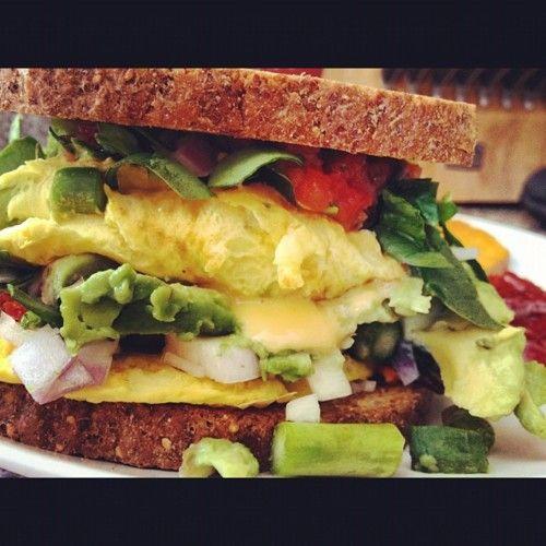 Omelet sandwich
