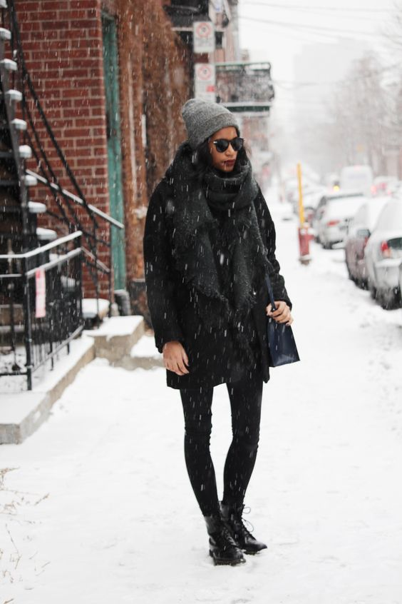 30 Ways to Look Stylish in the Dead of Winter - all black ensemble + grey beanie: