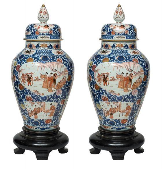 Par de raríssimos potiches em porcelana chinesa do séc.XVII, período
