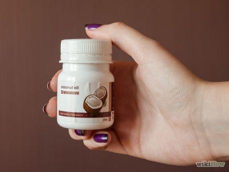 Imagem intitulada Use Coconut Oil for Flea & Skin Treatment on Dogs Step 1