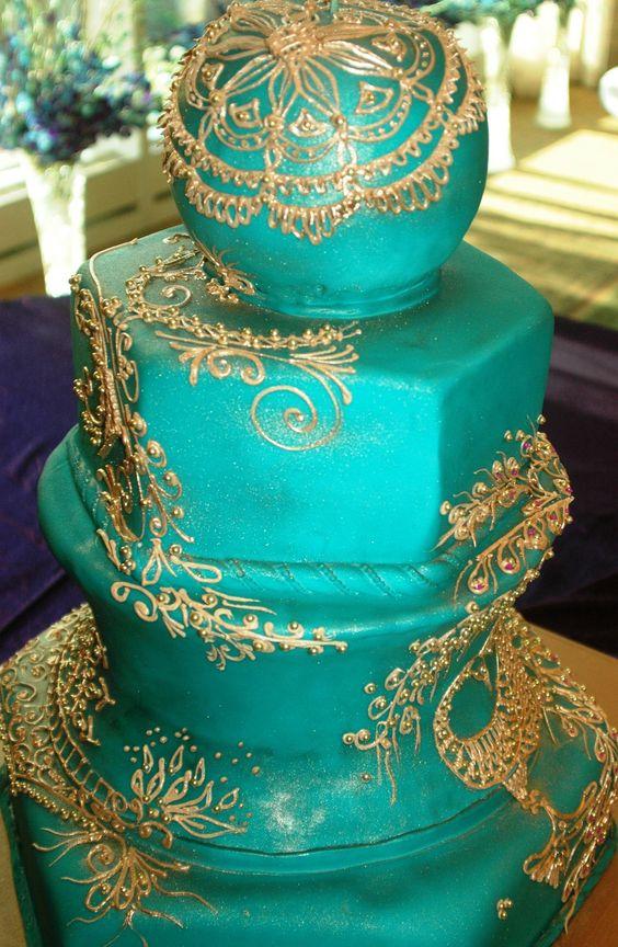 Indian blue wedding cake  www.weddingsonline.in