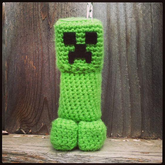 Crochet Minecraft Creeper Amigurumi Toy by beachbunny on Etsy, USD24.00 Minec...