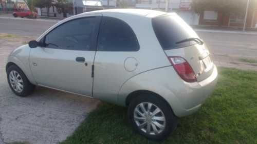 Ford Ka Tatoo 1 6 2006 En 2020 Ford Autos Gato Perdido