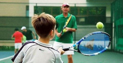 Tennis Racket For Kids And How To Size Junior Tennis Racquet Best Size Racket For Kids Tennis Kids Activities Kids Tennis Tennis Tennis Racquet