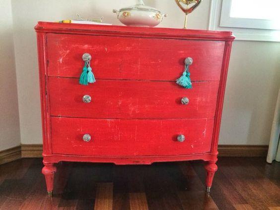 Mueble reciclado decapado en rojo  DecoEspacio reciclArte  Pinterest