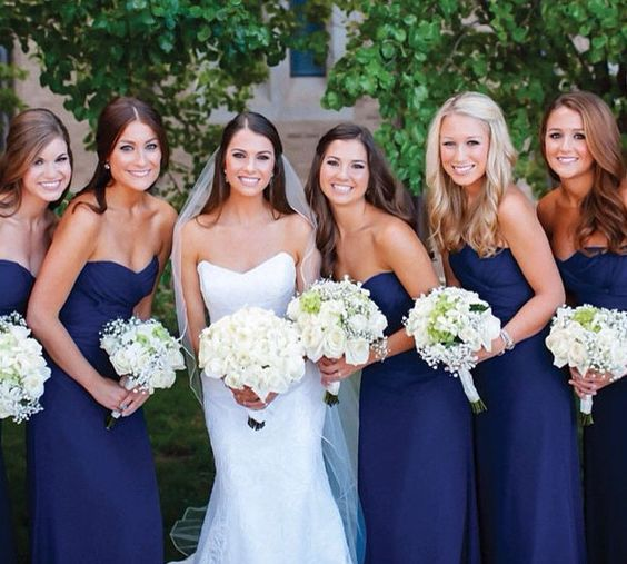 White bouquets with Navy/ivory color scheme