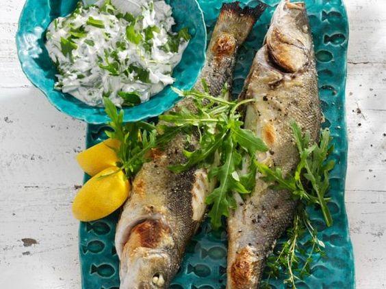 Gebratener Seebarsch ist ein Rezept mit frischen Zutaten aus der Kategorie Meerwasserfisch. Probieren Sie dieses und weitere Rezepte von EAT SMARTER!