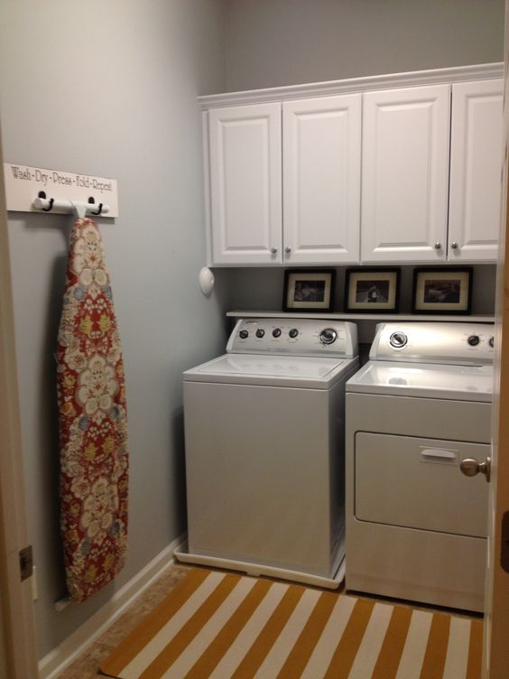 my new laundry room paint benjamin moore pale smoke cabinets