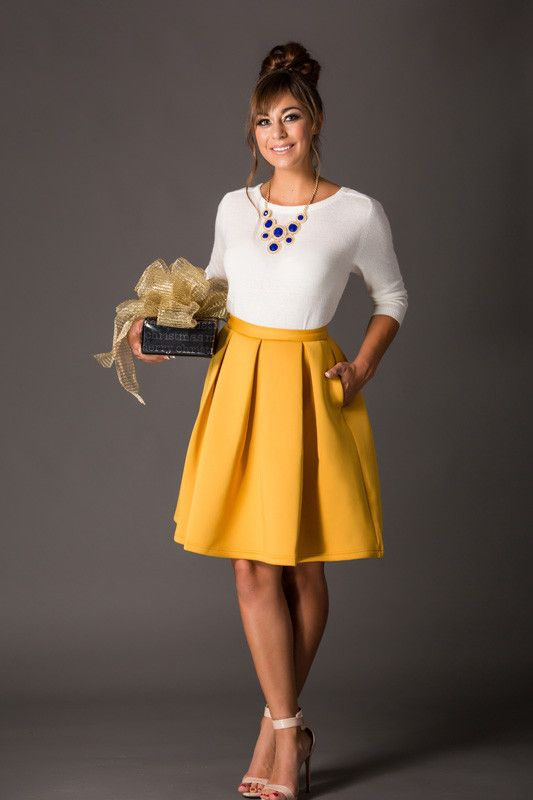 Holiday Yellow Flare Skirt – Morning Lavender