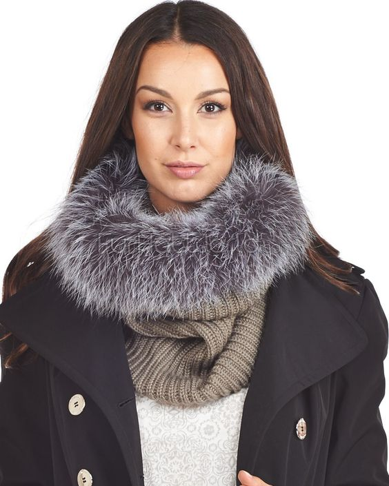 The Chunky Knit Silver Fox Fur Cowl: FurHatWorld.com