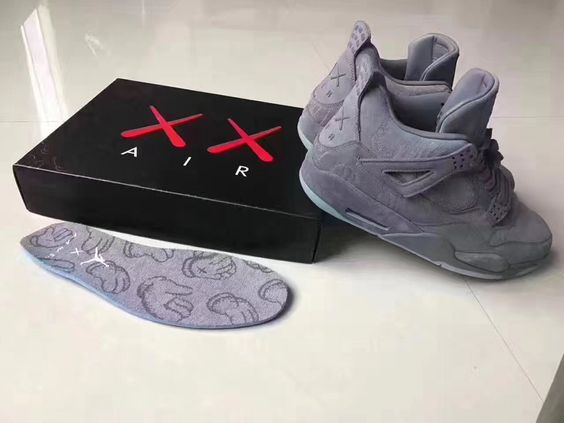 KAWS x Air Jordan 4 Collaboration Sneaker | HYPEBEAST