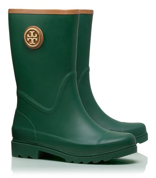 Cute Tory Burch rain boots - Take up to 30% off with code:  LUCKY http://rstyle.me/n/ucxuznyg6