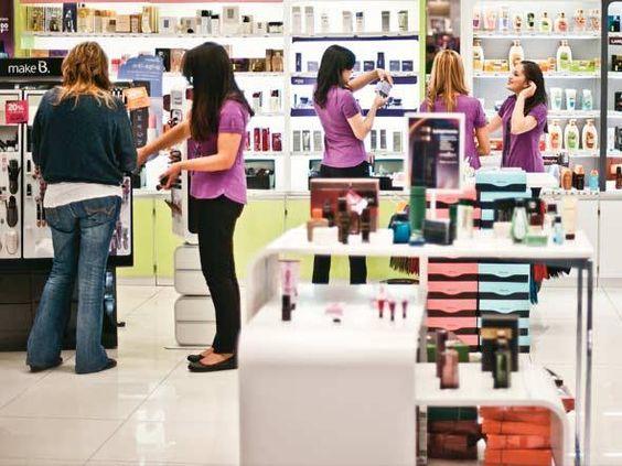 Cosméticos - O Boticário realiza blitz de beleza em Salvador -   Até sexta-feira, dia 12, um estúdio itinerante percorrerá diferentes pontos da cidade para promover a linha de maquiagem Intense e dar dicas sobre looks