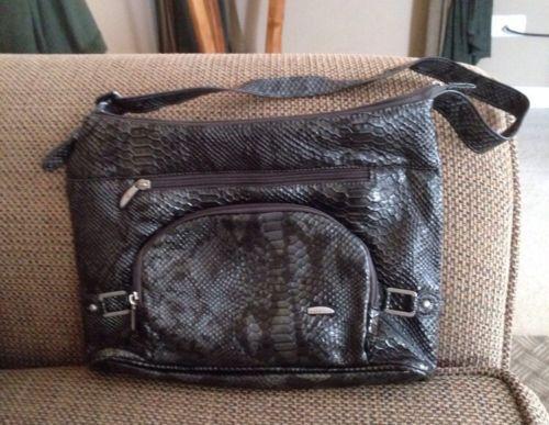 Travelon Totes NWOT Womens Snake Print Purse Hand Bag Travel Bag Vacation Purse