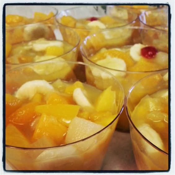 """Pioneer Woman's """"Frozen Fruit Cups"""" The perfect summer treat featured on TwinsintheCities blog"""