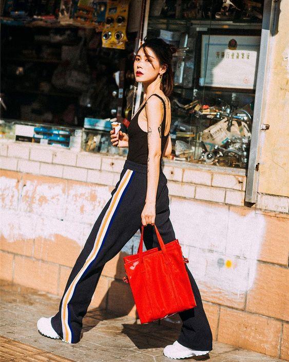 Street style diện toàn màu nền nã ngắm mãi không chán của các quý cô Châu Á