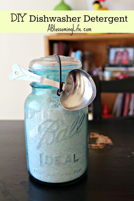 """DIY Dishwasher Detergent (Powder Version)...she says """"It takes about 2 minutes, costs about $0.65 to make, and should last about 100 loads. That's not even a penny a load!"""" Must try this today!!!!"""