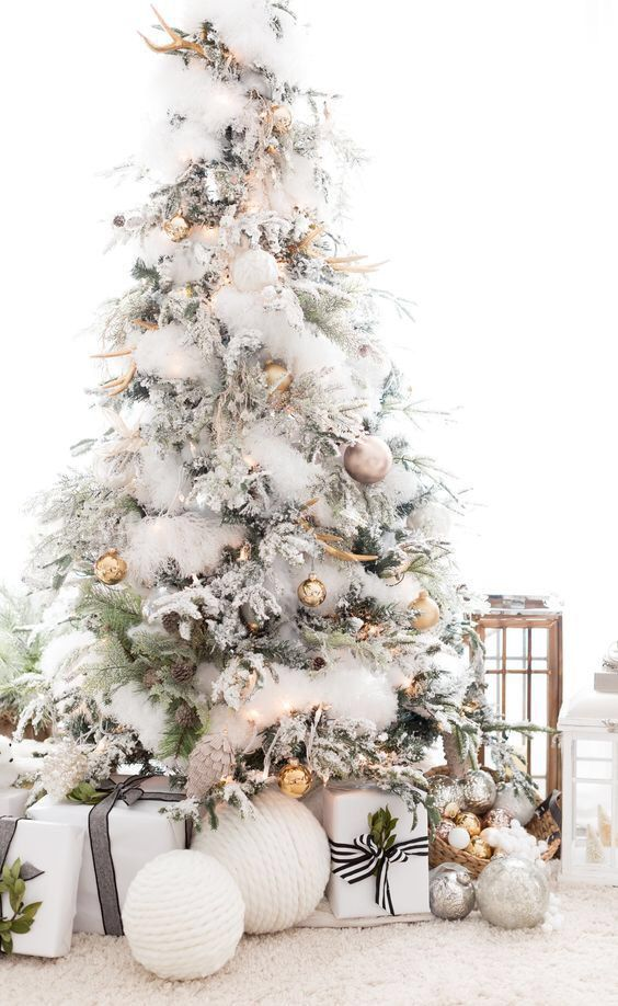 White Christmas Dollartree Feather Dusters In Tree Christmas Tree Inspiration White Christmas Decor Elegant Christmas Trees