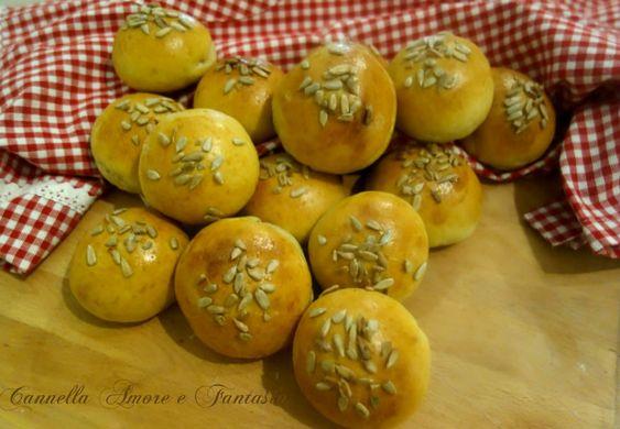 Panini di Kamut con semi di girasole