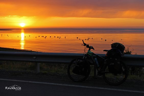 Camino a Contao... Carretera Austral Norte Hermoso Atardecer #cicloturismo #carreteraaustral