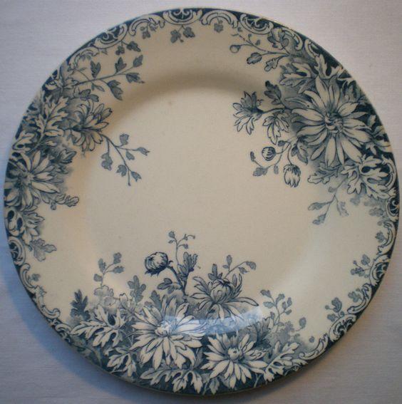 assiette art nouveau terre de fer gien mod le en bleu fleurs d 39 automne ebay vintage brocante. Black Bedroom Furniture Sets. Home Design Ideas