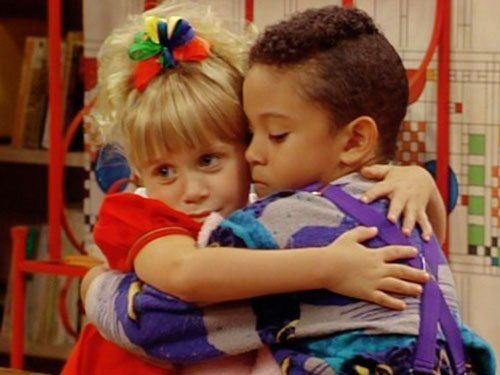 awe...so sweet...their goodbye before teddy moved away:( #love fullhouse