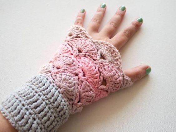 Garnstudio Free Crochet Patterns : Crochet wrist warmers free pattern: http://www.garnstudio ...