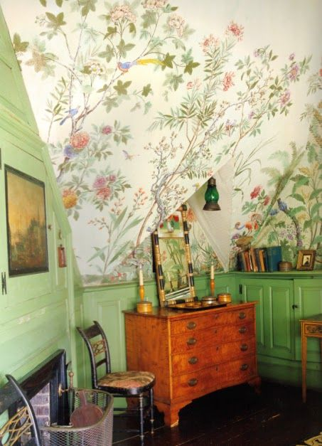 """Bedroom at Beauport, with Zuber """"Decor Chinois"""" wallpaper."""