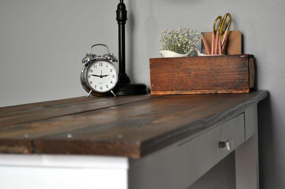 Farmhouse Desk Makeover. 9
