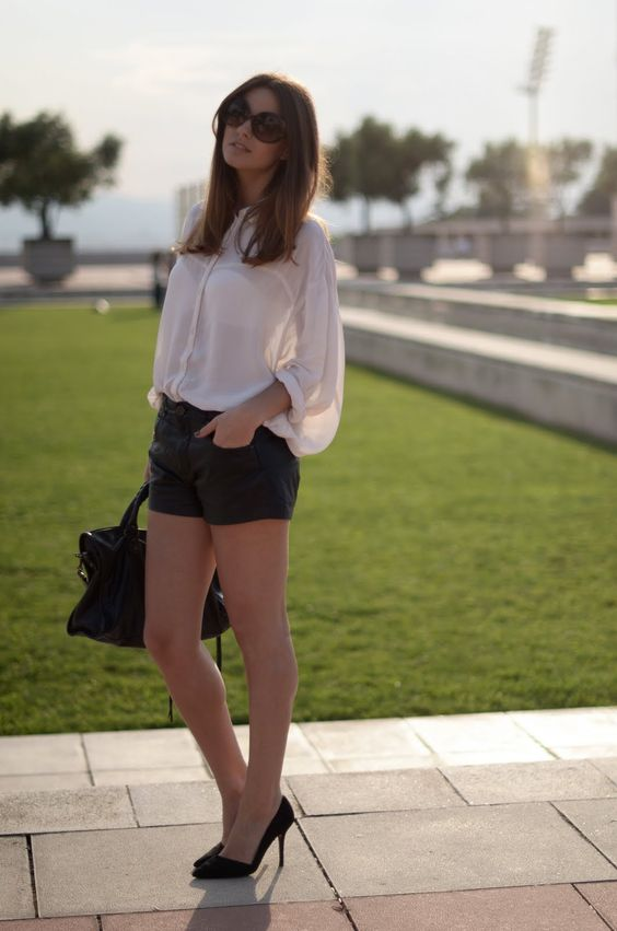 FASHIONVIBE: Leather Shorts And Heels