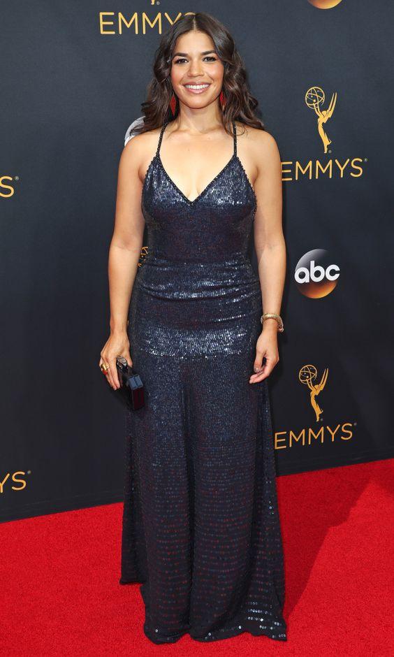 Emmys 2016: Best Dresses of the Night - America Ferrera in Jenny Packham