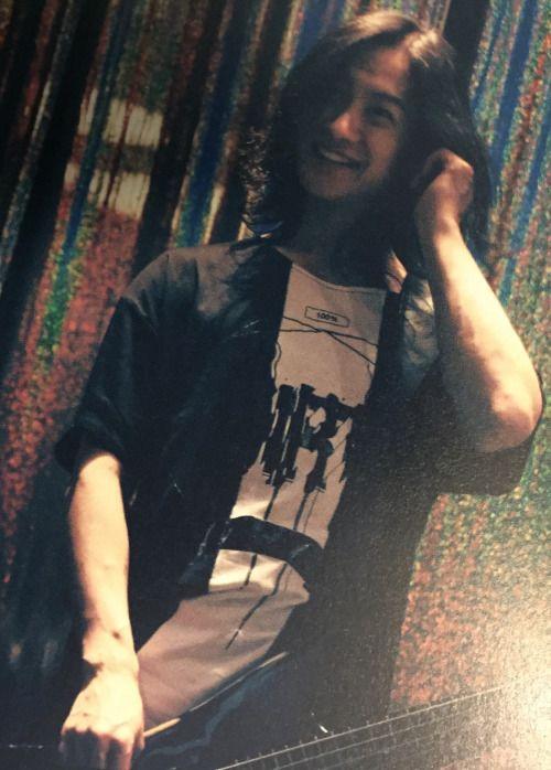 Toshiya [Just... look at his beautiful smile! *le gasp*]