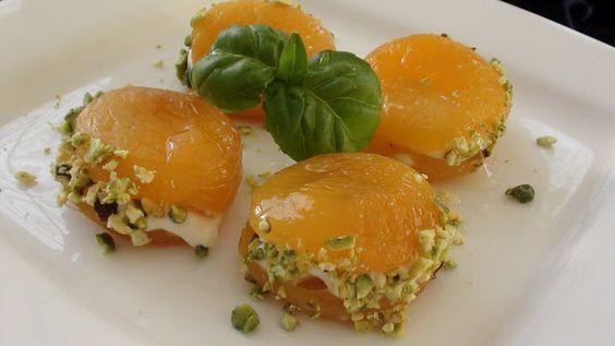 Easy Turkish Cooking: CREAM STUFFED DRY APRICOTS (KAYMAKLI KAYISI TATLISI)