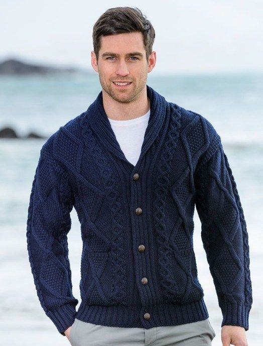 Fabulous Men's Cardigan Outfit To Copy Now 32 in 2020 | Mens