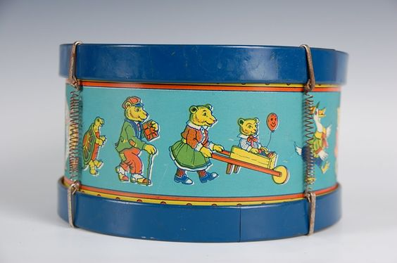 TIN LITHO TOY DRUM, WOOD RIM,  J.CHEIN Co. ANIMALS